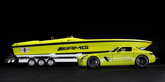 Mercedes-AMG Boat