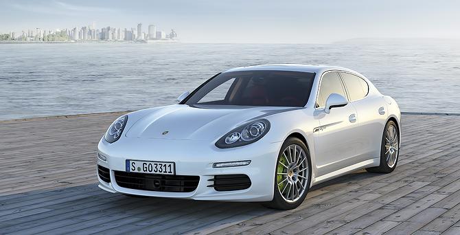 Porsche Panamera Hybrid Review