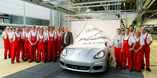 Porsche Panamera – 100,000th Panamera Leaves Porsche Factory
