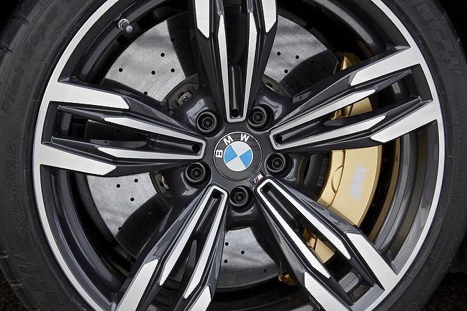 BMW M6 Multi Disc Brakes