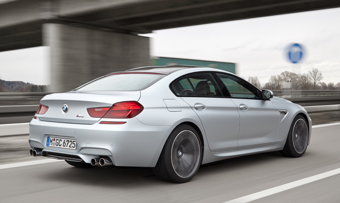 BMW M6 takes to the Autobahn