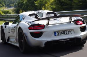 Porsche 918 Spyder Hybrid Full Review – Autobahn Buzz