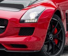 LA Autoshow Features the Mercedes-Benz SLS AMG GT
